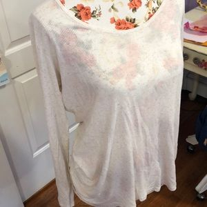 Eileen Fisher Tops - Super soft light long sleeve in great condition